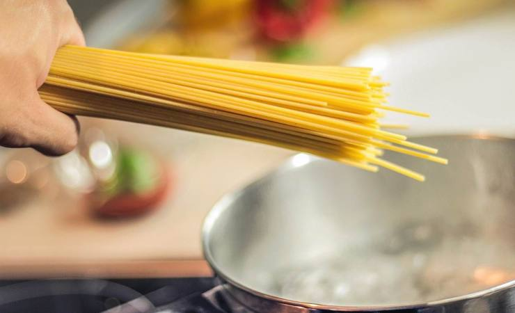 Spaghetti aglio olio ingredienti