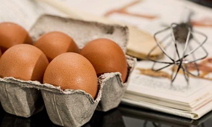 distinguere uovo fresco