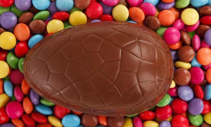 consumare cioccolato uovo pasqua
