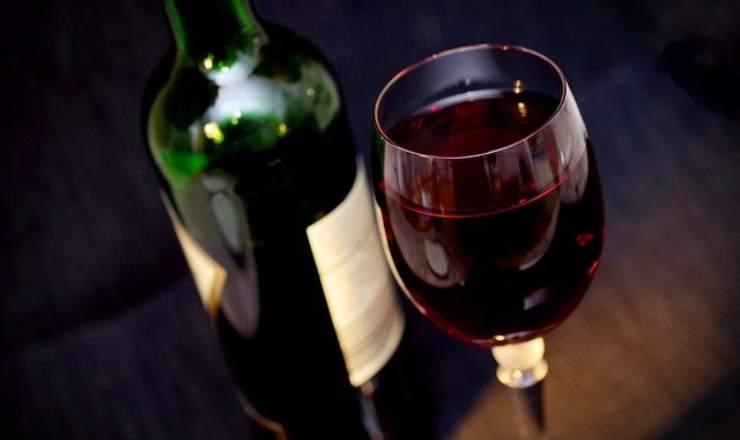 vino caldo freddo servito