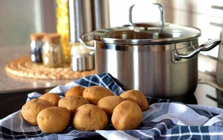 patate uova farina