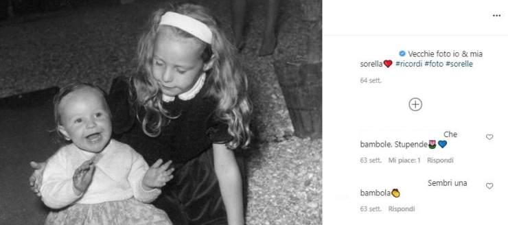 bambina bionda foto